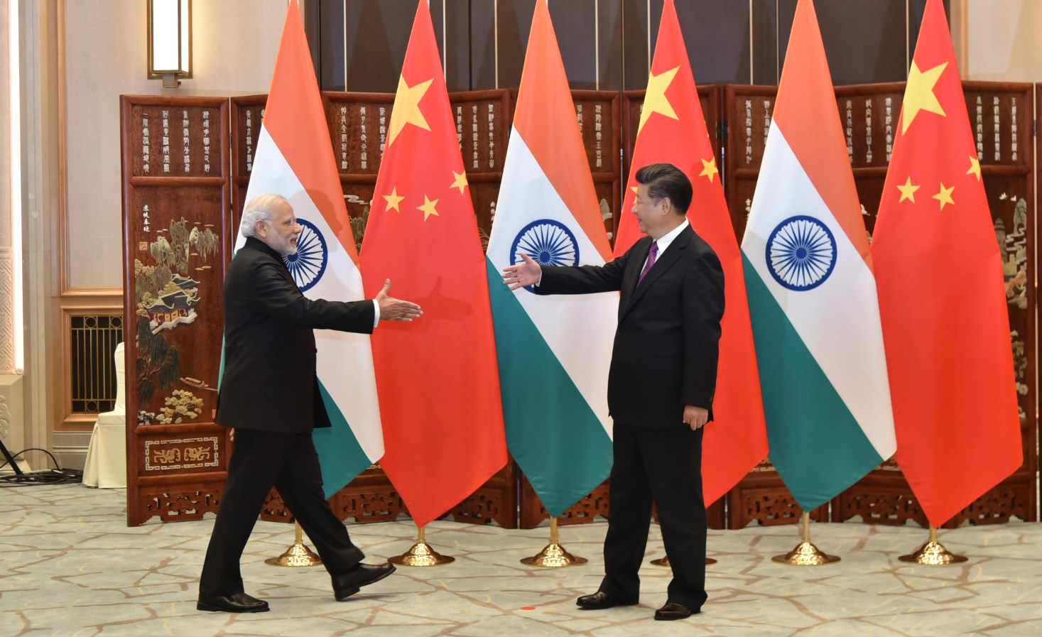 China Attacks Indian Troops With Orthodox Weapons- Find Out What Happened.